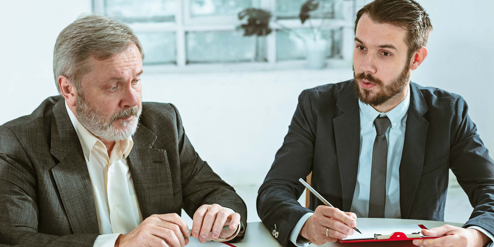 Prós e contras da gestão familiar na advocacia
