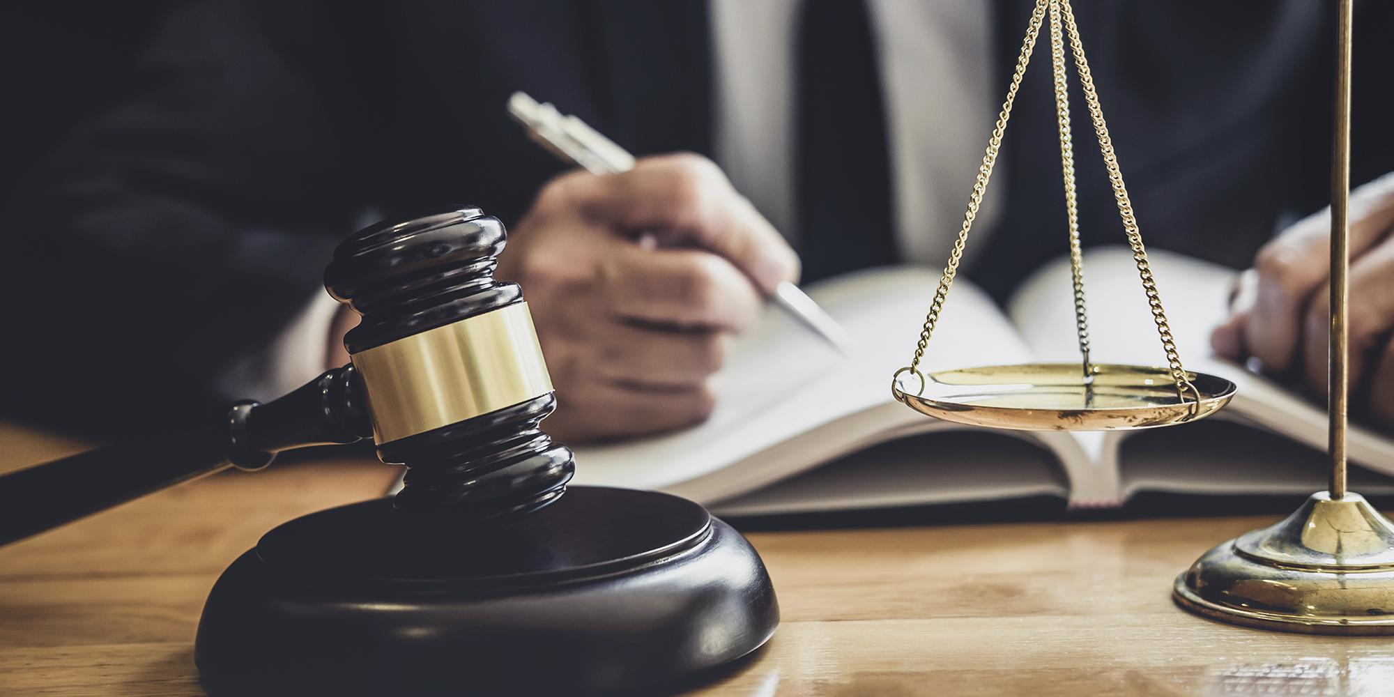 Como escolher a melhor área de especialização no Direito?