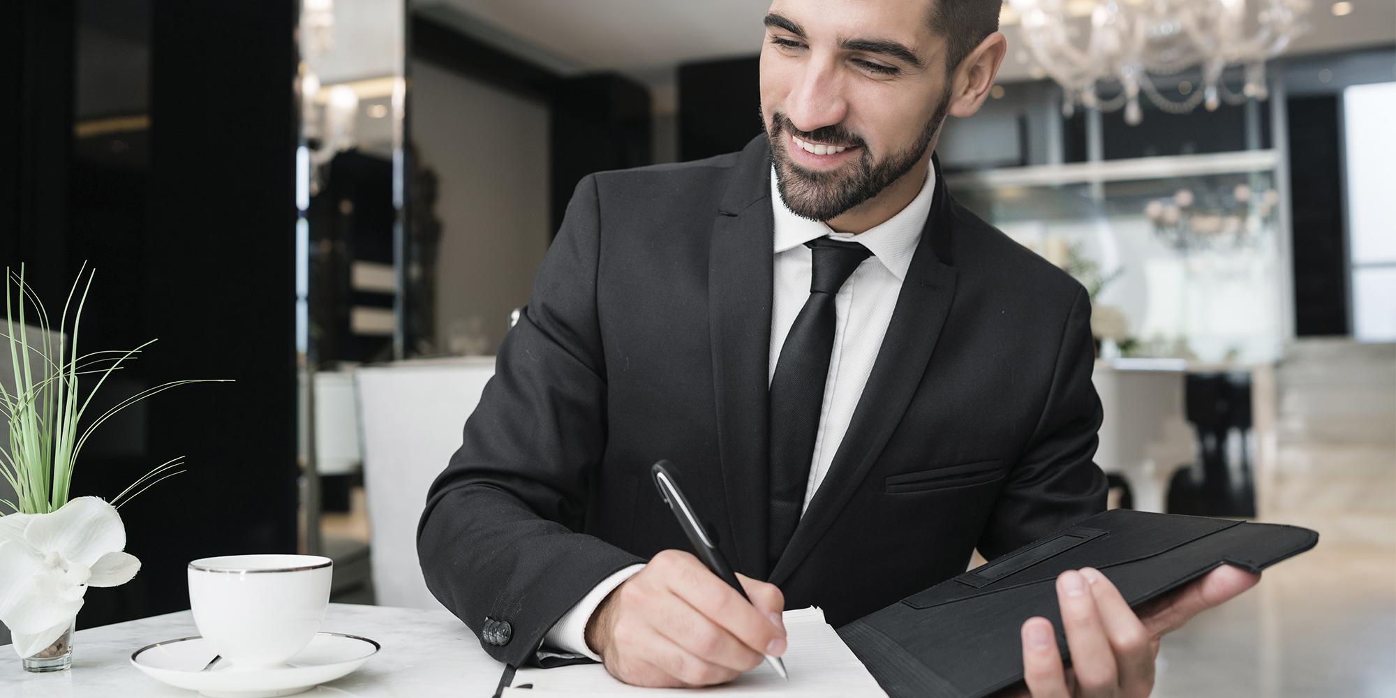 Controller jurídico: quem é esse profissional e como ele pode auxiliar seu escritório